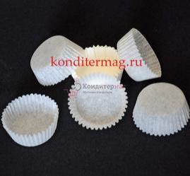 Форма для кексов бумажная 3х1,5 см. 50 шт. белая 3D- 45W.2000 1