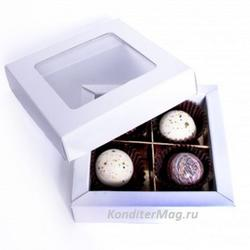 Упаковка для конфет 12х12х2,5 см. с окошком белая 1