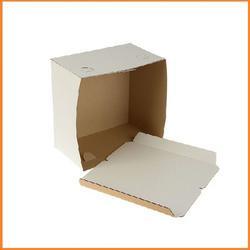 Коробка для торта х/э 30х30х19 см. Белая 1