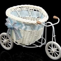 Корзина декоративная Велосипед с корзинкой сердечко 1