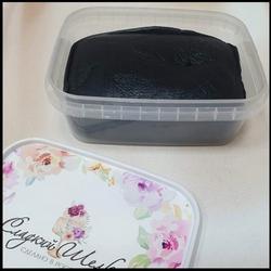 Мастика сахарная Сладкий шелк черная 250 г. 1