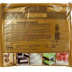 Мастика сахарная Принцесса белая для лепки 2,5 кг. Irca 1