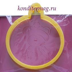 Формочка для пряников и трафарет Мишка в елочном шаре 11х10 см. 1