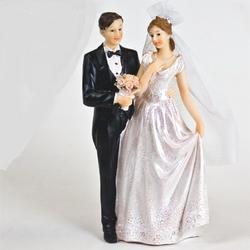 Жених и невеста свадебное украшение 16 см. пластик 1